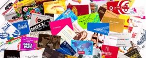 Пластиковые карты и визитки на белом пластике